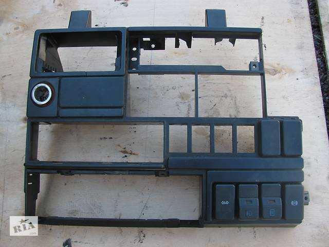 Консоль центральная в фольксваген транспортер т4 115 л с транспортер